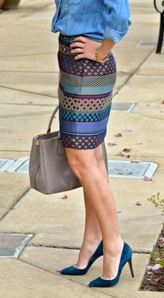Wear a statement skirt with a chambray button up for a casual-cool feel. I like it if weren't a pencil Skirt Fashion Mode, Work Fashion, Womens Fashion, Fashion Trends, Skirt Fashion, Fashion News, Color Fashion, Street Fashion, Look 2015