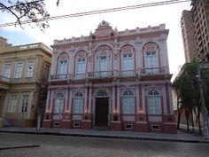 Pelotas, RS - Brasil Biblioteca Pública