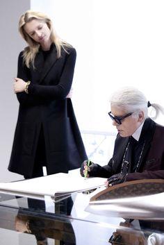Karl Lagerfeld and Christian Louboutin reinterpret Louis Vuitton's Monogram Lux Fashion, Fashion News, Fashion Design, Karl Lagerfeld, Karl Otto, German Fashion, S Monogram, Couture Details, Alexander The Great