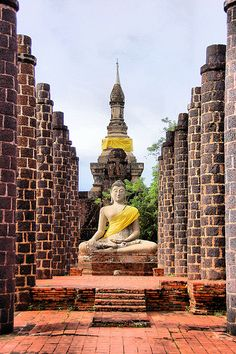 Grand Hall of Wat Maha That, Sukhothai Province - Thailand