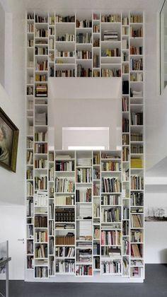 De thuisbibliotheek; idee voor raam door laten 'lopen' / lichtinval