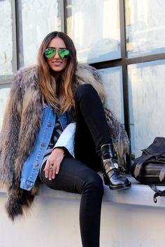 Soraya Bakhtiar wearing PATUA's multi star ceramic ring! Winter Style, Autumn Winter Fashion, Denim Coat, Layering, Going Out, Fur Coat, Feather, Women's Fashion, Street Style