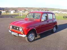 RENAULT 4 TLC now UK REGISTERED (1981)