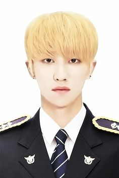 Jisoo Seventeen, Joshua Seventeen, Woozi, Jeonghan, Beautiful Boys, Pretty Boys, Id Photo, Seventeen Wallpapers, Pledis 17