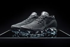 Nike Air VaporMax Flyknit (Triple Black) Nike Air Vapormax, Nike Vapormax Flyknit, Kicks Shoes, Triple Black, Sneakers Nike, Black Sneakers, Baskets, Running Shoes Nike, Nike Women