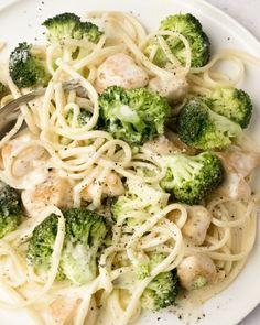 Vegetarian Pasta Recipes, Chicken Pasta Recipes, Healthy Recipes, Pasta Recipes Video, Broccoli Pasta, Broccoli Alfredo, Pasta Dishes, Food Inspiration, Recipes