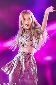 The Best New Most Famous And Popular Beautiful Blackpink Rose Wallpaper Collection By WaoFam. Kim Jennie, Kpop Girl Groups, Korean Girl Groups, Kpop Girls, Divas, Auckland, Forever Young, Rose Bonbon, Chica Cool