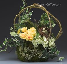 springtime centerpiece designed by Diane Flowers