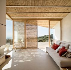The House in Mas Nou Sports Bamboo on the Ceiling + Shades - Design Milk Bamboo Ceiling, Bamboo Wall, Bamboo Sofa, Bamboo Architecture, Architecture Details, Bungalows, Bamboo House Design, Rest House, Ceiling Shades