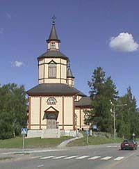 Kannuksen kirkko ulkoa