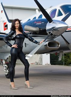 - Aviation Glamour - Model photo taken by Marc Ulm - Mustang Shelby meeting. Car Girls, Pin Up Girls, Pinup Photoshoot, Female Pilot, Airplane Art, Hot Brunette, Nose Art, Model Photos, Military Aircraft