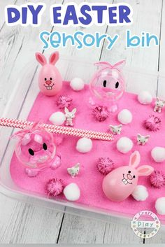 Come and find out how to create this easy Easter Sensory Bin for preschool kids and toddlers. This sensory tray Easter activity is super fun and can teach kids about the senses whilst engaging in a fun easter themed activity. #Easteractivitiesforkids #Easteractivitiesfortoddlers #sensoryactivities #sensorybins #sensoryplay