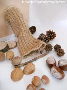 LA SCATOLA AUTUNNALE Holiday Crafts For Kids, Fall Crafts, Diy For Kids, Montessori Activities, Infant Activities, Autumn Activities, Activities For Kids, Reggio Children, Tree Study