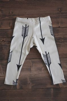 Salt City Emporium, 6-12 months, Arrow Print children's leggings