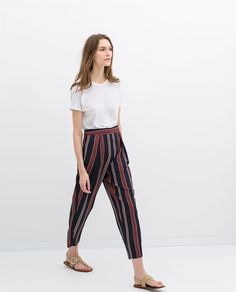 Image 4 of LOOSE FIT WIDE-STRIPED TROUSERS from Zara