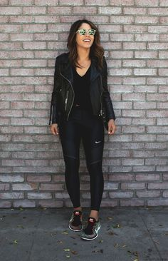 Chill in and enjoy your weekday with theses of that look chic AF for any sort of destination Source by girlsinisghts black outfit casual Legging Outfits, Black Leggings Outfit, How To Wear Leggings, Athleisure Outfits, Nike Leggings, Black Tights, Printed Leggings, Black Leather Jacket Outfit, Leggings Store