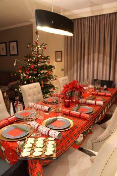 Perfect Christmas Table Set Up Home