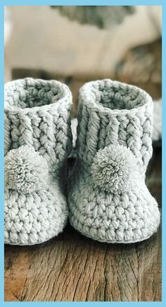 Free knitting patterns for baby booties, including charming booties knit on two needles and in the round. #babybootiesmurah #amazon8 #Crochet (Affilia...