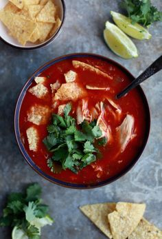 20-MINUTE Chicken Tortilla Soup!! Healthy, deliciously, quick, and easy! // dairy free, gluten free // nutritionistinthekitch.com