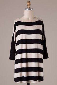Quarter sleeve stripe detailed color block tunic
