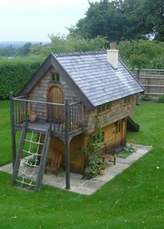 For children's playhouse, create a gridded climbing rope, though with smaller openings than shown in the photo.~ from Flights of Fantasy Build A Playhouse, Playhouse Outdoor, Playhouse Ideas, Childrens Playhouse, Tree House Plans, Wendy House, Tree House Designs, Cottage, Small Places