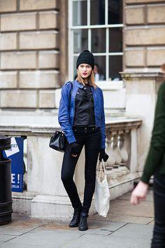 cool combo #ElizaKukawska. #offduty in London.