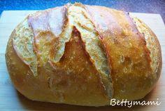 Kefíres-vadkovászos fehér kenyér | Betty hobbi konyhája Bakery, Food And Drink, Bread, Bread Store, Bakery Business, Bakeries
