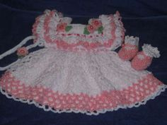 Free Newborn Crochet Dress Pattern | Crochet Preemie Baby Clothes - Crochet Baby Hats, Crochet Baby. Why is it that little girl stuff is so incredibly cute?