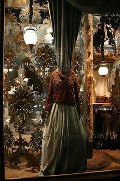 "window and interior displays at Anthropologie. very Tim Burton-esque and ""a (gothic) christmas carol"""