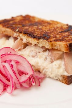 A signature dish by chef Jeremy Lee, this smoked eel sandwich recipe has… Eel Recipes, Onion Recipes, Sandwich Recipes, Seafood Recipes, Snack Recipes, Snacks, Food N, Food And Drink, Pickle Onions Recipe