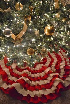 burlap christmas | Burlap Ruffle Christmas Tree Skirt « Making It With Danielle