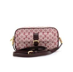 Authentic Louis Vuitton Juliet PM shoulder bag in Mini Monogram Canvas. It  has small pocket 62c06ba948b5f