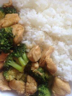 Wir lieben die asiatischeKüche, japanisch.., chinesisch.. und ich bin schon seit Jahren fleissig dabei , Rezepte zu suchen, nach zu kochen und eventuell nach unserem Geschmack um zu ändern. Heute …