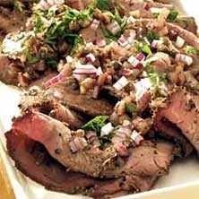 Marinerad rostbiff serveras ofta till fester, på buffébord och såklart dagen efter. Här hittar du ett klassiskt recept på marinerad rostbiff!