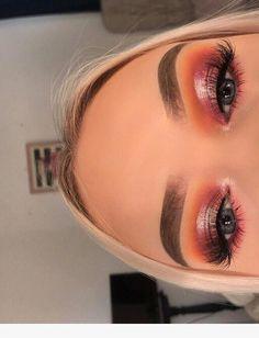 Incredible Eye Makeup Inspiration #Makeuplooks We 🧡 www.blinkedtwice.com Makeup Eye Looks, Glowy Makeup, Natural Makeup Looks, Smokey Eye Makeup, Cute Makeup, Eyeshadow Makeup, Eyeliner, Drugstore Makeup, Sephora Makeup
