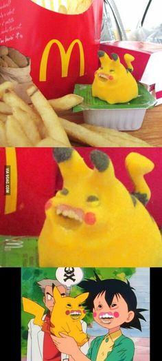 What did McDonald's do to Pikachu? Pikachu on steroids Stupid Funny, Funny Jokes, So Funny, Funny Stuff, Pokemon Funny, Pikachu Memes, Pikachu Pikachu, Pics Art, Anime Meme