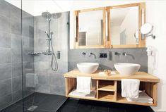 installation kleines badezimmer gestalten und holzschrank - Kleines Wohnzimmer Einrichten
