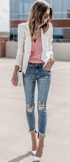 summer outfits White Blazer + Pink Top + Ripped Skinny Jeans cute outfits for girls 2017 Outfit Jeans, White Blazer Outfits, White Blazers, Ladies White Blazer, Cream Blazer Outfit, White Heels Outfit, Shirt Outfit, Colored Jeans Outfits, Blue Jean Outfits