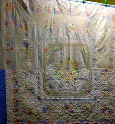 Here a perfect example of how quilting makes the quilt! #quilting