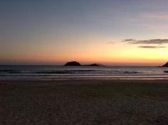 Nascer do sol na praia de Palmas
