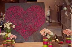 Corazón realizado con hilo