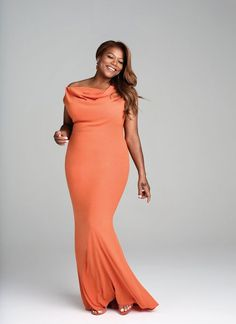Coral queen! Queen Latifa looks fabulous in coral. What colour looks amazing on you?
