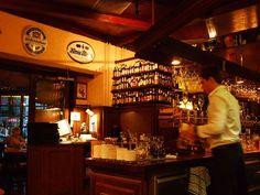 Berlinska Kneipen är mysiga och genuina hörnkrogar i Berlin. Liquor Cabinet, Berlin, Home Decor, Decoration Home, Room Decor, House Bar, Interior Design, Home Interiors, Interior Decorating