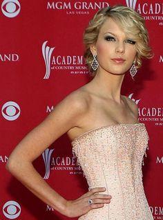 Hair, Pink, Makeup, Wedding, Updo, Gold, Formal, Taylor, Highlights, Bangs, Swift