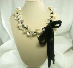 unique button necklace