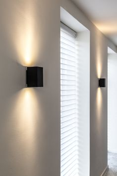 Porch Lighting, Sconce Lighting, Home Lighting, Lighting Design, Sauna House, Light Music, Living Styles, Facade House, Interior Design Living Room