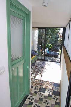 OLD HOUSE GARDEN PRIVATE AREA - VRBO Spanish Modern, Home And Garden, Windows, Bedroom, House, Home Decor, Santiago De Compostela, Home, Window