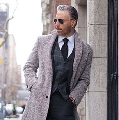 Do you want to know the secrets of some of the most stylish men? Check out these men's style tips and instantly upgrade your style.