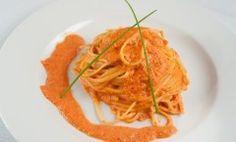 Спагетти с соусом из домашнего перца