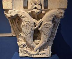 Cluny (Saône-et-Loire) - Abbaye - Palais Jean de Bourbon (Musée Ochier) - Chapiteau à oiseaux   Flickr - Photo Sharing!